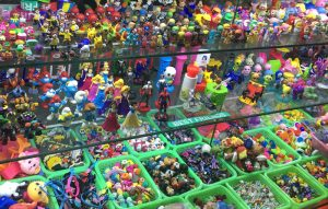 5 Suppliers In Yiwu Toys Market Sale Capsule Toys In Big Discount