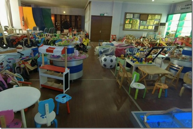 yunhe wooden toys market