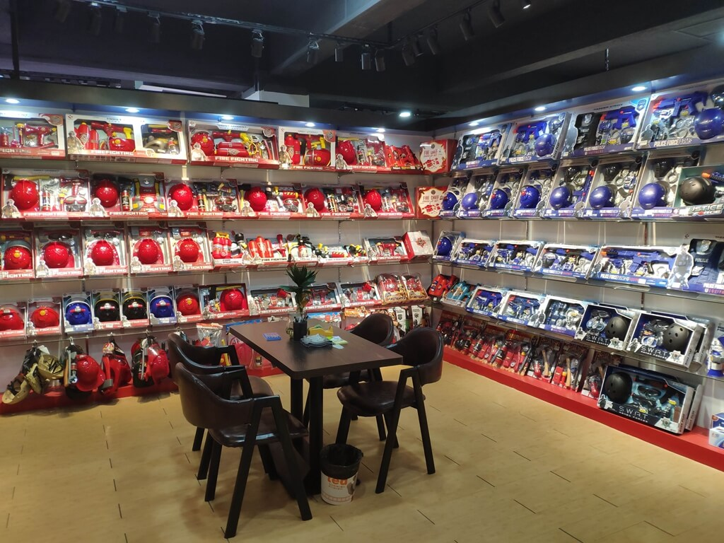 Feature Showroom