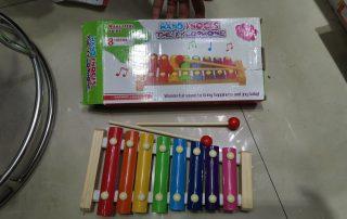 hand knocks toys wholesale